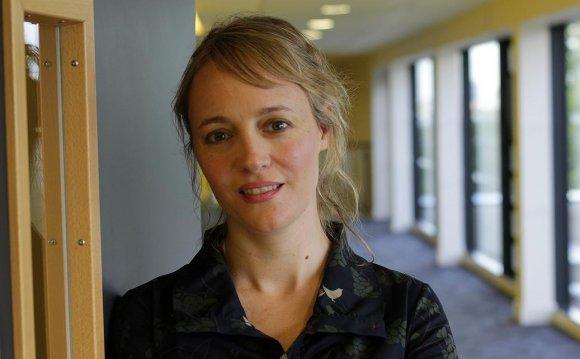 Dr Rachel Doern